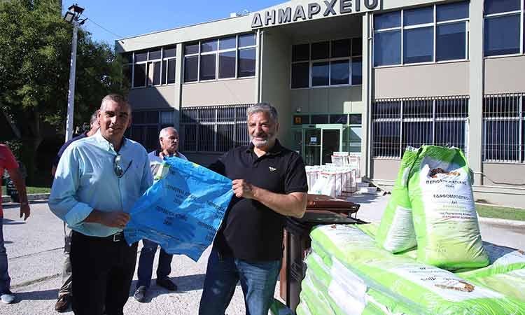 Ο Γ. Πατούλης παρέδωσε εξοπλισμό συλλογής βιοαποβλήτων και κάδων ανακύκλωσης στον Δήμο Ελληνικού – Αργυρούπολης