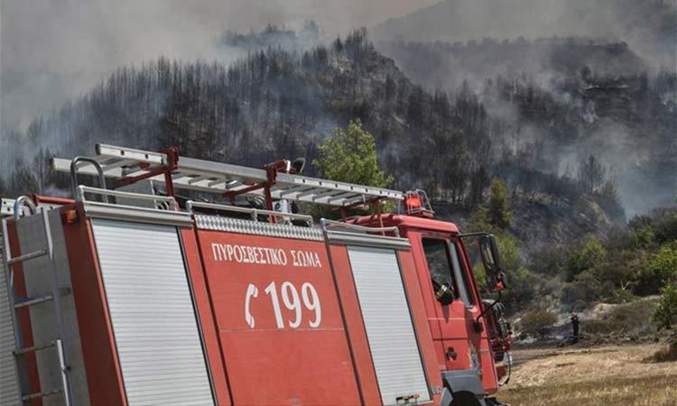 Πυρκαγιές σε Κύθνο και Δυτική Μάνη
