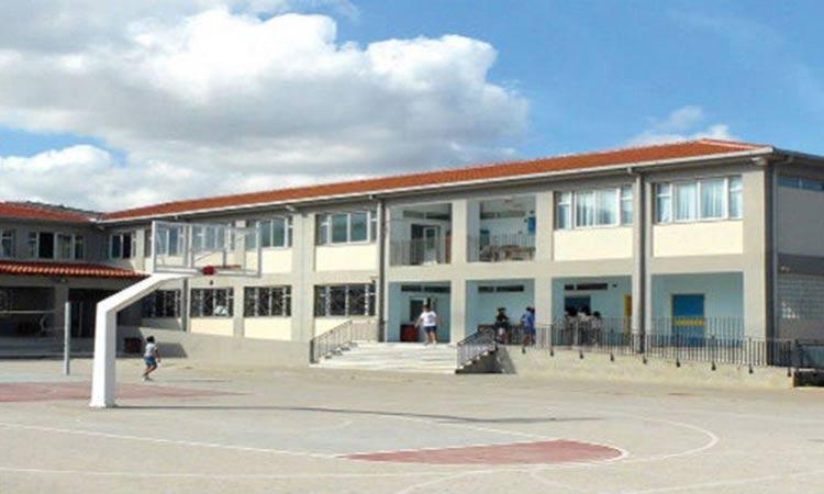 Χανιά: Καταγγελία για επίθεση γονέα σε καθηγητή γυμνασίου για τη μάσκα