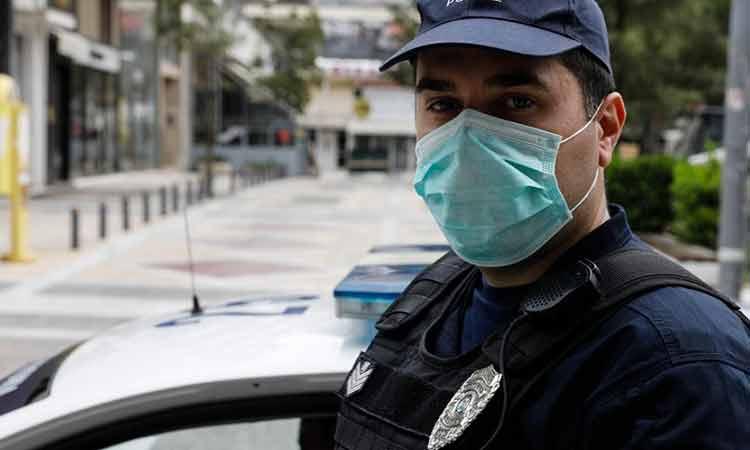 Κορωνοϊός: Δεκάδες παραβάσεις κατέγραψε η ΕΛ.ΑΣ. και 56 συλλήψεις