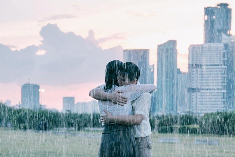 «Η εποχή της βροχής» στα θερινά