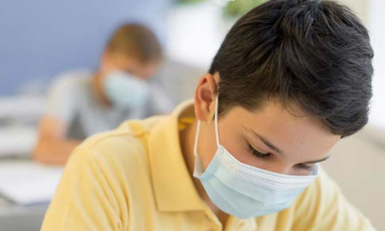 Σχολεία: Οδηγίες για τα «διαλείμματα μάσκας» – Πότε δεν θα τη φορούν οι μαθητές