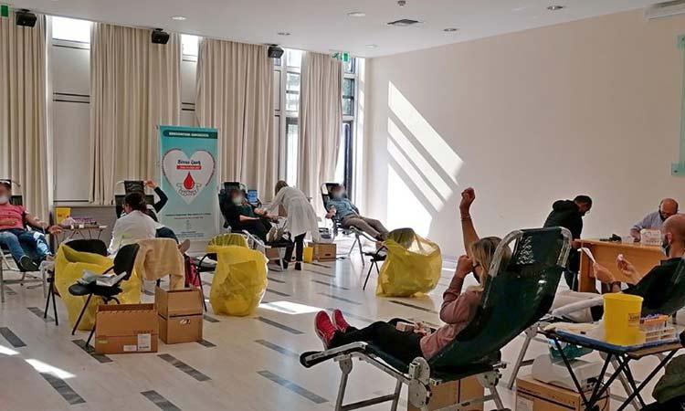 228 μονάδες αίματος συγκεντρώθηκαν στην 35η Εθελοντική Αιμοδοσία του Δήμου Αμαρουσίου