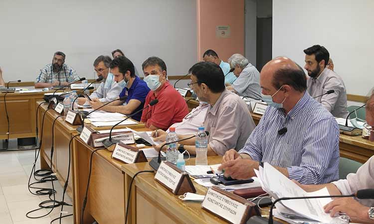 Λοιπές παρατάξεις Δήμου Πεντέλης: Ανύπαρκτη η απόφαση για Μπόμπολα – «Έπεσε» η απόφαση για τα τροφεία