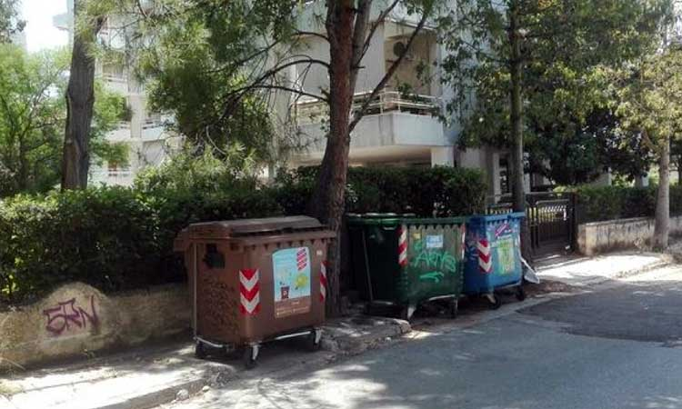 Δήμος Βριλησσίων: Αντικαθίστανται ήδη οι φθαρμένοι κάδοι απορριμμάτων με νέους