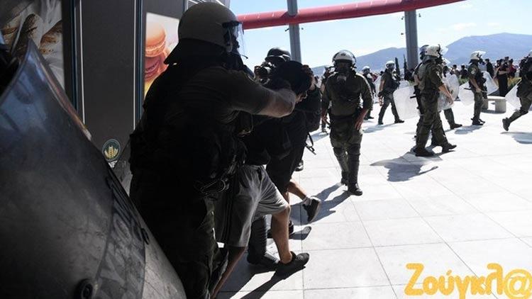 Η ανακοίνωση της ΕΛ.ΑΣ. για τα επεισόδια στη μαθητική συγκέντρωση – Συνελήφθη μαθητής