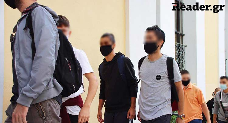 Στον ανακριτή οι μαθητές που συνελήφθησαν στη μαθητική κινητοποίηση της Πέμπτης – Ανάμεσά τους και ο 14χρονος Βαγγέλης από το 7ο Γυμνάσιο Χαλανδρίου