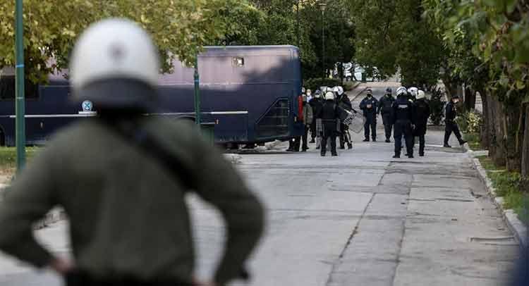 Σε συλλήψεις μετατράπηκαν οι περισσότερες προσαγωγές από Πολυτεχνείο, Πολυτεχνειούπολη, Εξάρχεια
