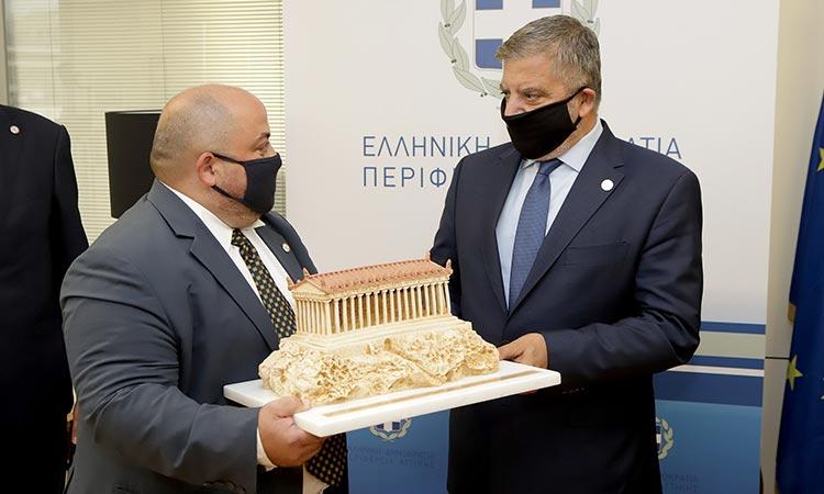 Σύμφωνο Συνεργασίας μεταξύ Περιφέρειας Αττικής και Λέσχης Αρχιμαγείρων Αττικής-ΑΚΡΟΠΟΛΙΣ υπέγραψε ο Γ. Πατούλης