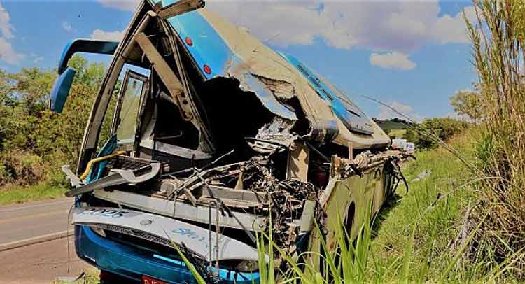 Βραζιλία: Σοκαριστικό τροχαίο με 41 νεκρούς