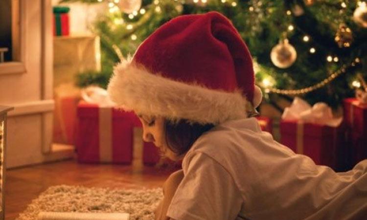 Αφήγηση χριστουγεννιάτικων παραμυθιών από τον Δήμο Παπάγου-Χολαργού
