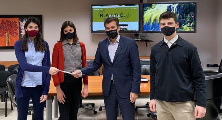 Μαθητές του ΓΕΛ Φιλοθέης θα συμμετάσχουν στον διαγωνισμό εικονικής επιχείρησης «Evolve»