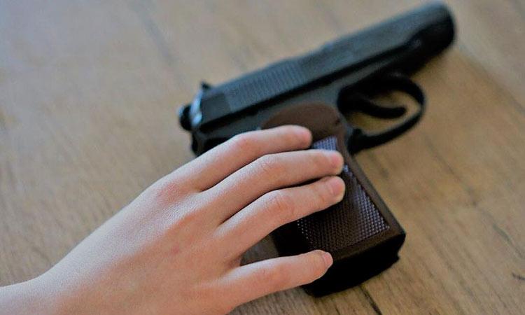 ΗΠΑ: Βρέφος 18 μηνών πυροβόλησε και σκότωσε τον 5χρονο ξάδελφό του