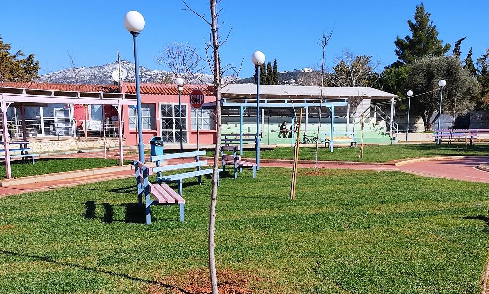 Φρεσκοβαμμένες πίστες, νέος χλοοτάπητας και φύτευση μεγάλων δένδρων στο πάρκο Κυκλοφοριακής Αγωγής Δήμου Χαλανδρίου
