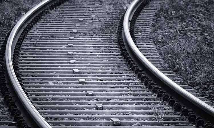Τραγικός θάνατος: Πόζαρε για το TikTok και τον… χτύπησε τρένο