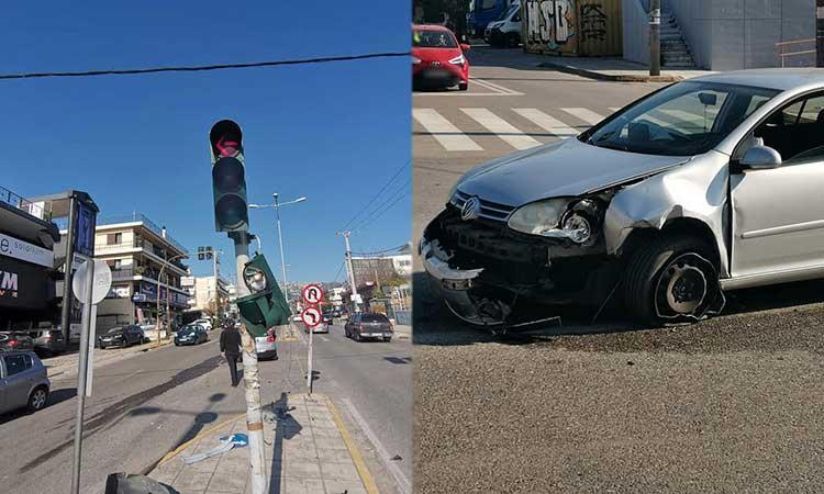 Αυτοκίνητο «καρφώθηκε» σε φωτεινό σηματοδότη στη Λ. Πεντέλης, στα Βριλήσσια