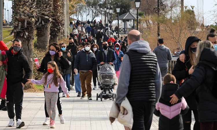 839 νέες μολύνσεις στην Αττική την Κυριακή 11/4 – Σταθερά οι μισές στο σύνολο της χώρας