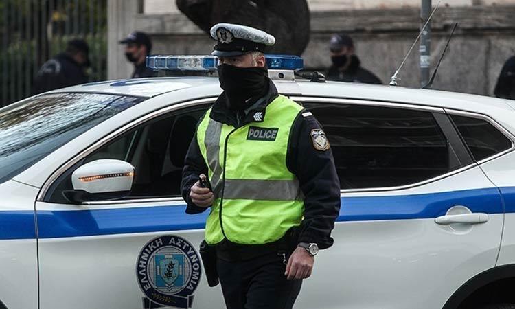 Αστυνομικός της Ασφάλειας κατήγγειλε ότι του έκλεψαν 15.000 ευρώ μέσα από το Τμήμα Φιλοθέης