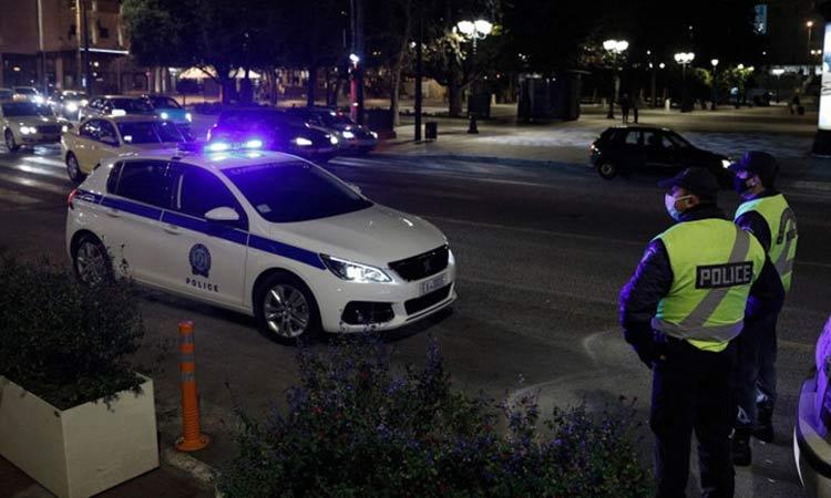 «Ρίξ΄του, ρίξ΄του, πυροβόλα…»: Τι συνέβη στο Ζεφύρι με την επίθεση εναντίον αστυνομικών