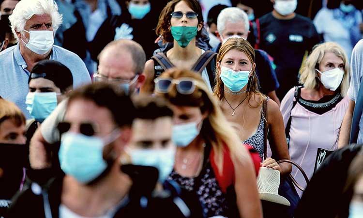 Κορωνοϊός – «Βόμβα» Λινού: Αυξήσαμε τη διασπορά κλείνοντας τους πολίτες στο σπίτι