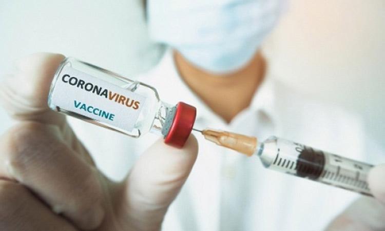 Εμβόλιο-Γαλλία: Σχεδόν 1 εκατ. ραντεβού μετά το διάγγελμα Μακρόν για τον υποχρεωτικό εμβολιασμό