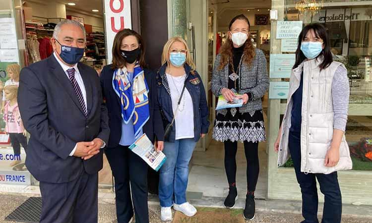 Επίσκεψη στα εμπορικά καταστήματα του Δήμου Πεντέλης από δήμαρχο, αντιπεριφερειάρχη και εκπροσώπους ΕΕΑ και ΓΣΕΒΕΕ