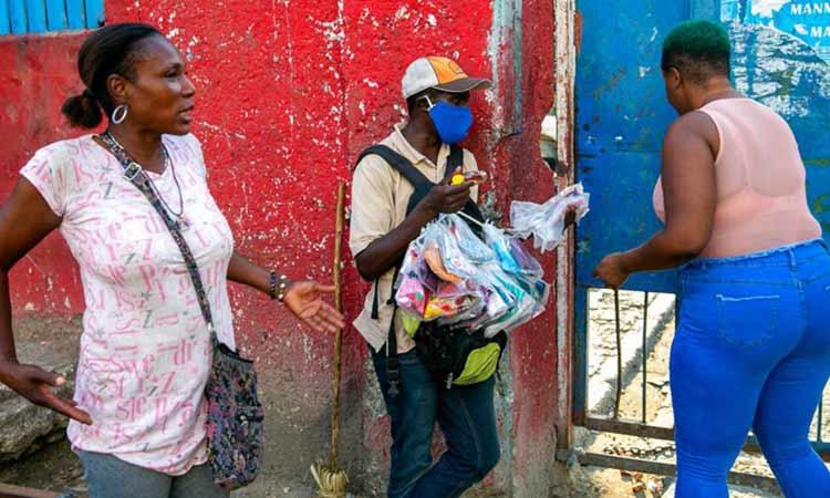 Αϊτή: Εκατοντάδες γυναίκες διαδήλωσαν ενάντια στη βία