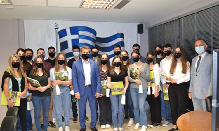 Ο Δήμος Φιλοθέης-Ψυχικού βράβευσε τους αριστούχους των πανελληνίων 2020