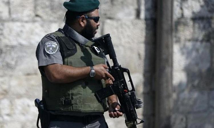 Ισραήλ: Ένοπλοι άνοιξαν πυρ εναντίον πολιτών σε στάση λεωφορείου – Τρεις τραυματίες