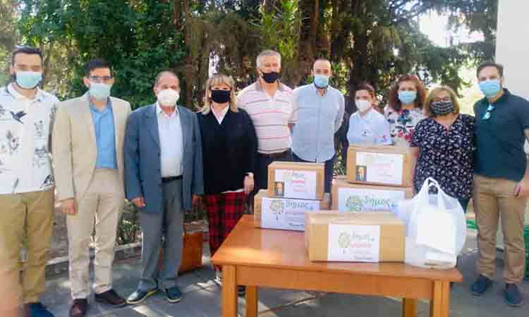 Το Κοινωνικό Φαρμακείο Λυκόβρυσης-Πεύκης ενίσχυσε η παράταξη Δήμος Μπροστά+