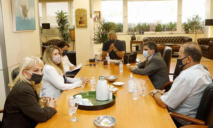 Εθιμοτυπική συνάντηση περιφερειάρχη Αττικής με το νέο Δ.Σ. της Ένωσης Ανταποκριτών Ελληνικού Τύπου Εξωτερικού