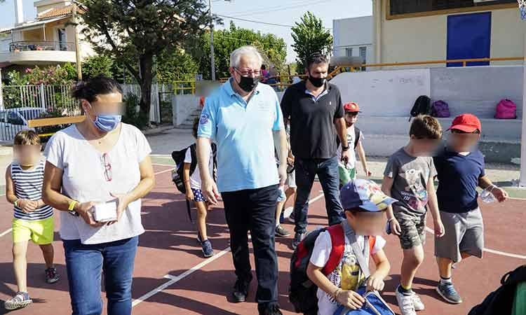 Το Αθλητικό & Πολιτιστικό Camp 2021 Δήμου Αμαρουσίου επισκέφθηκε ο Θ. Αμπατζόγλου