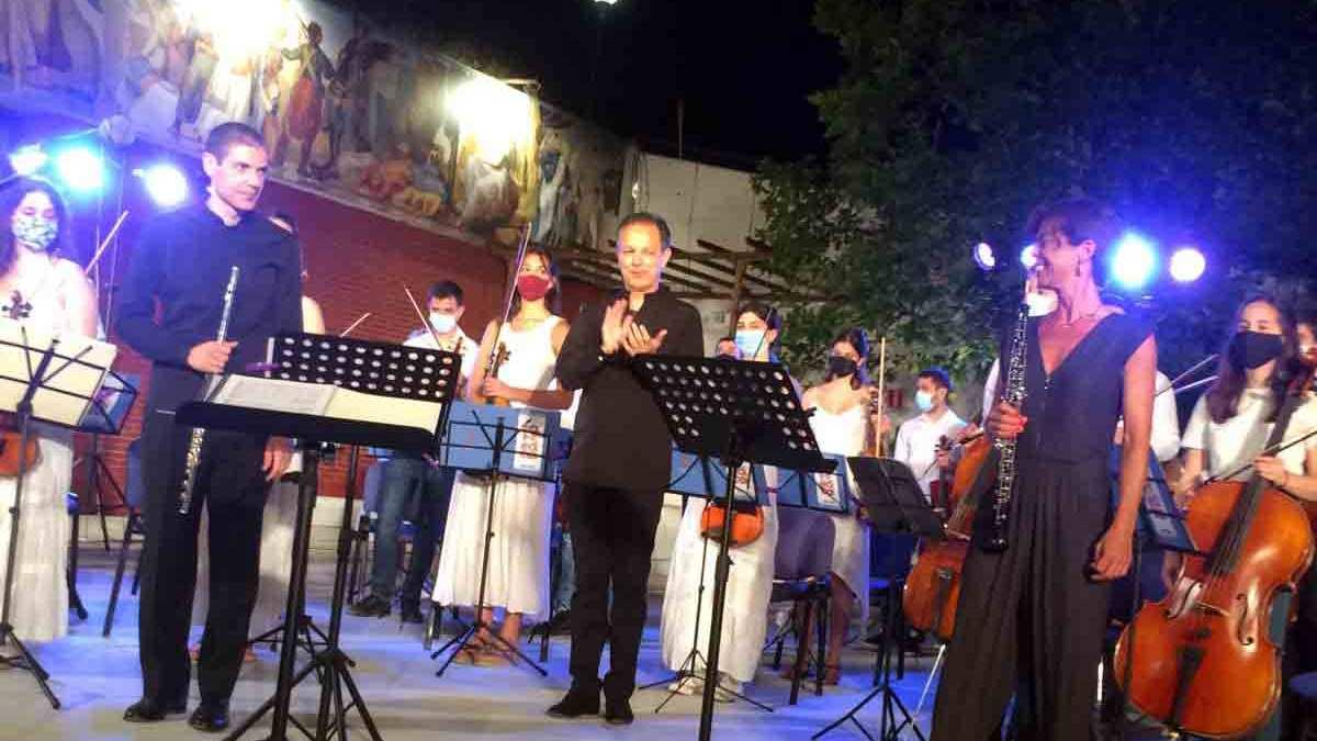 Η συναυλία της Camerata Junior μάγεψε το κοινό στο αίθριο του δημαρχείου Κηφισιάς
