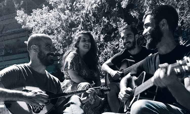 Φεστιβάλ Ρεματιάς 2021: Ρεμπέτικη βραδιά στο θεατράκι του ΦΟΤ από το μουσικό σχήμα Γιαρές