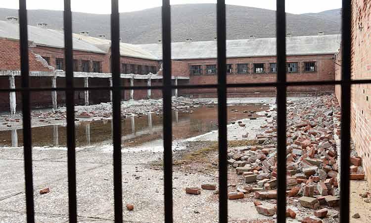 ΠΕΑΕΑ-ΔΣΕ: Η κυβέρνηση να μην επιτρέψει την τοποθέτηση ανεμογεννητριών στην ιστορική Γυάρο