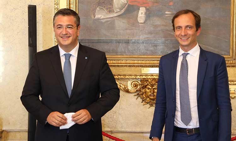 Συνάντηση του Απ. Τζιτζικώστα με τον περιφερειάρχη της Friuli Venezia Giulia στην Τεργέστη