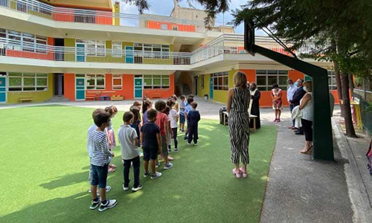 Με ευχές, αλλά και πρωτόκολλα, άνοιξαν τα σχολεία και στον Δήμο Παπάγου-Χολαργού