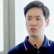 프로게이머를 꿈꾸다 페이스북 디자이너가 된 한국인 이야기