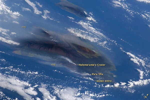 Hawaiian Vog Photographed from Space Shuttle : Image of ...