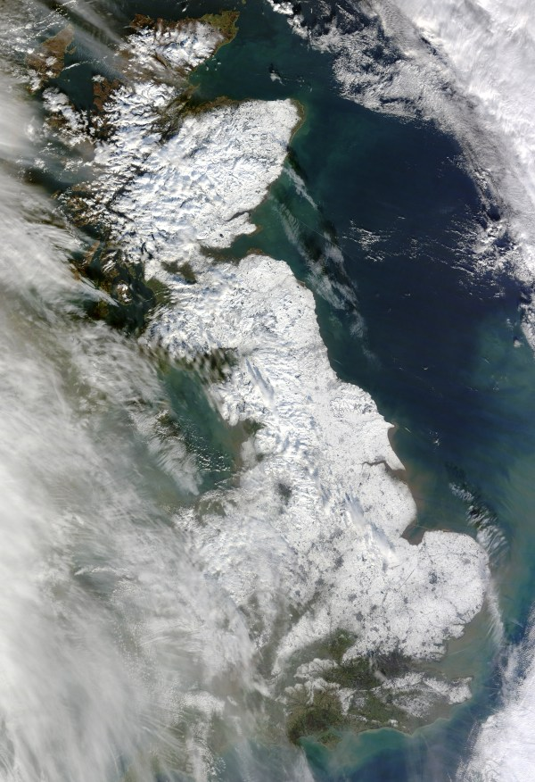 Snow across Great Britain : Natural Hazards