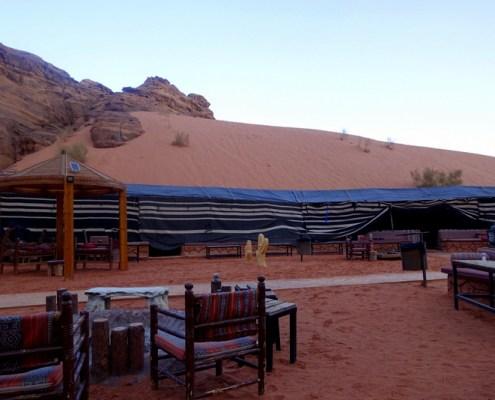 dormire nei Camp nel deserto