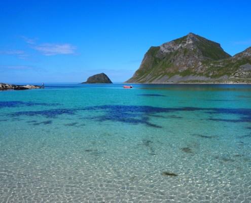 color turchese e smeraldo alla spiaggia di Hauckland