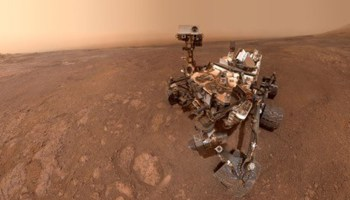 Selfie taken by the Curiosity rover at the top of Vera Rubin ridge