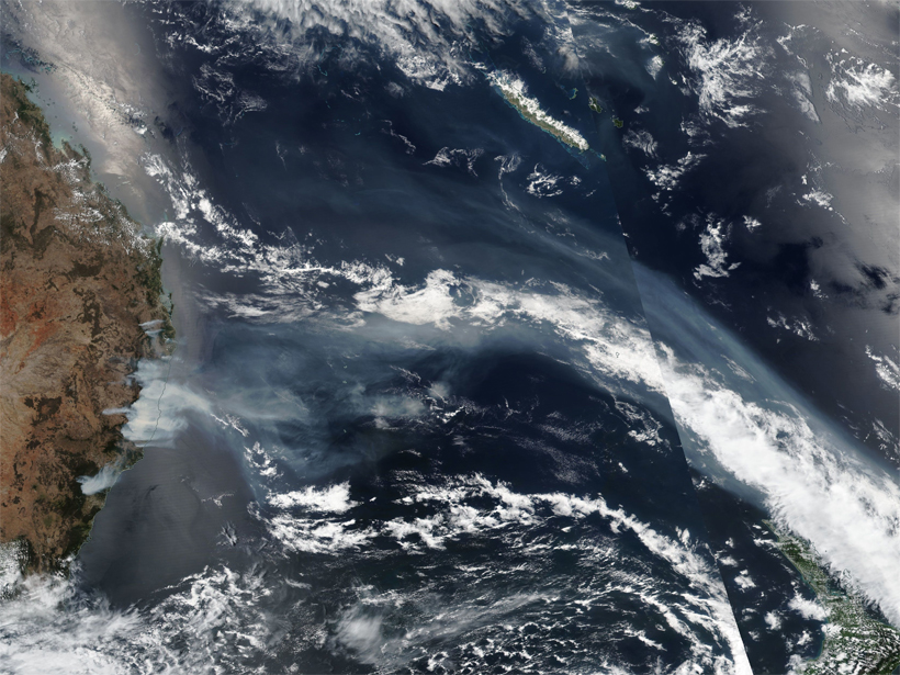 True color satellite image showing showing clouds and smoke from wildfires over eastern Australia on 13 November 2019