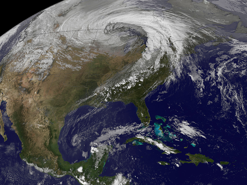 An extratropical cyclone over the U.S. Midwest
