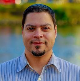 Dr. Alejandro Torres