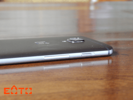 OnePlus 3 Left Side
