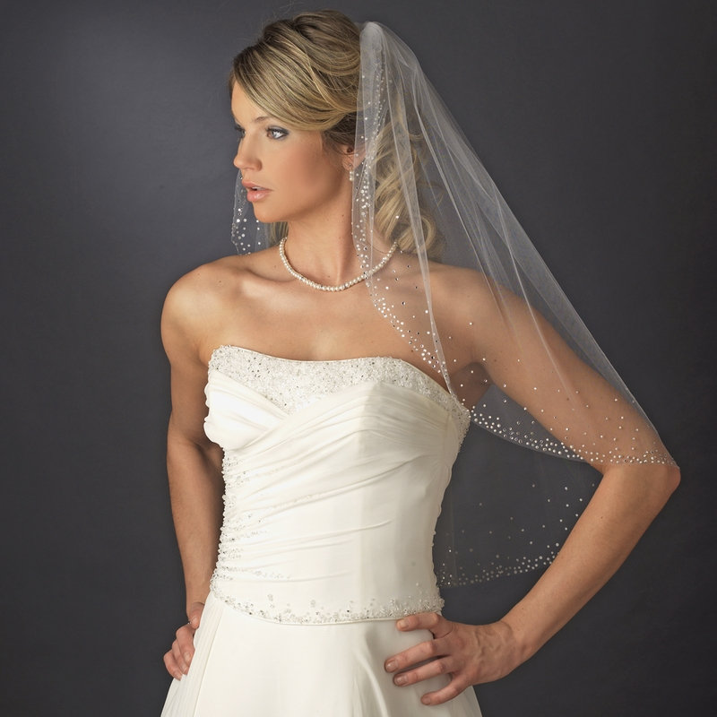 Single Layer Elbow Length Bridal Veil With Scattered