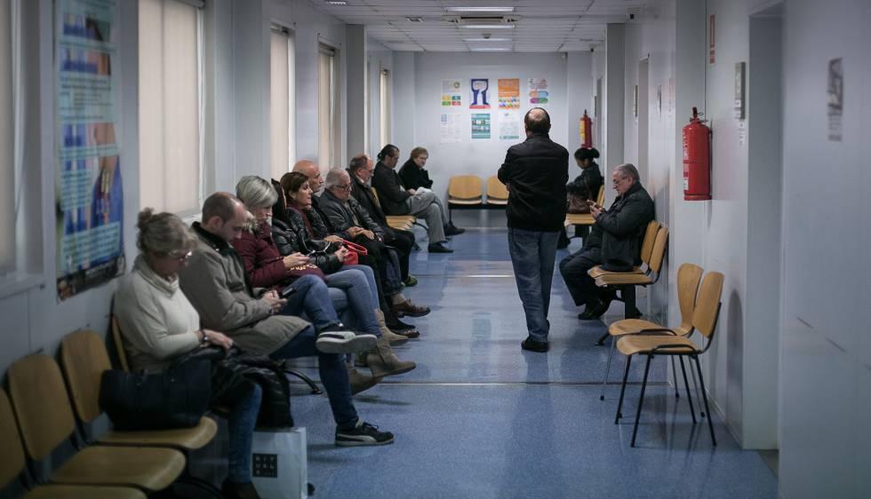 Les llistes d'espera en la sanitat creixen en 91.000 persones en un any