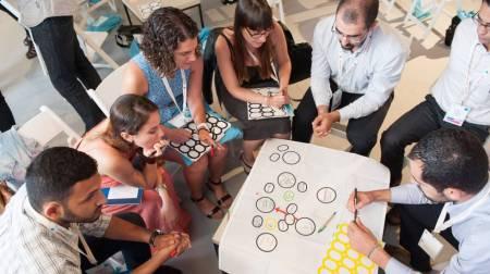 Trabajar en equipo en la era digital | Economía | EL PAÍS